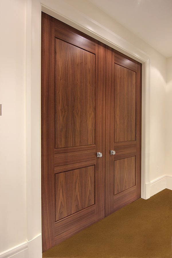 Shadbolt_panelled_doors_&_doorsets