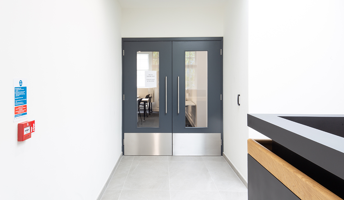 Shadbolt_Dyson_building_imperial_college_interior_doors
