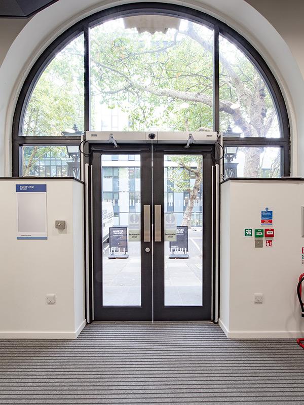 Shadbolt_Dyson_building_imperial_college_interior_doors_4