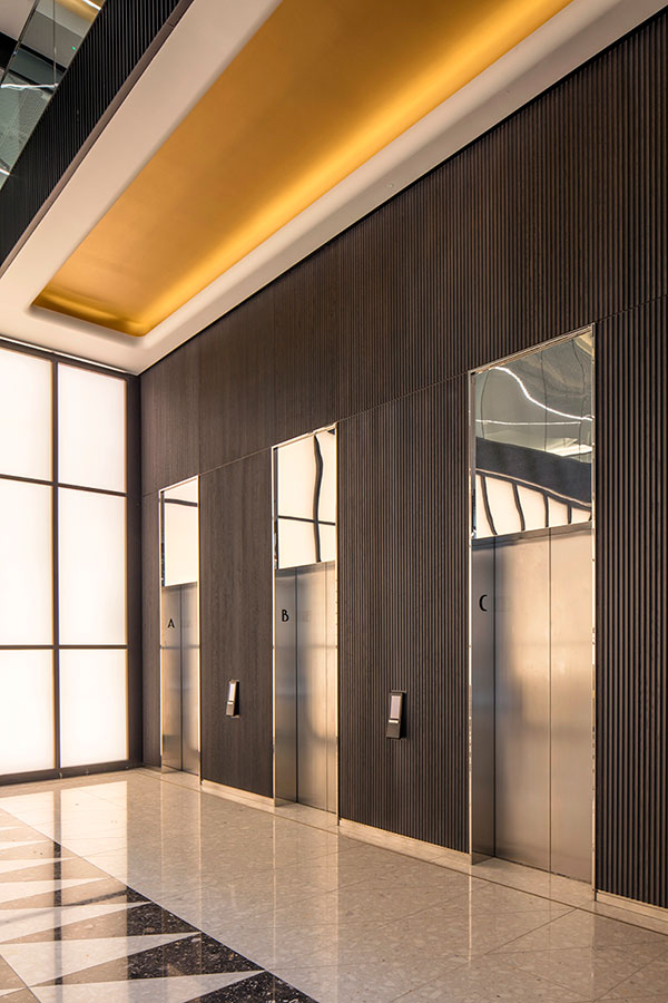 Veneered lift panelling at no1 New Oxford Street