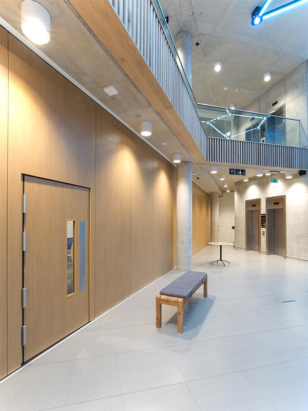 Shadbolt_Institute_of_Physics_Interior_2