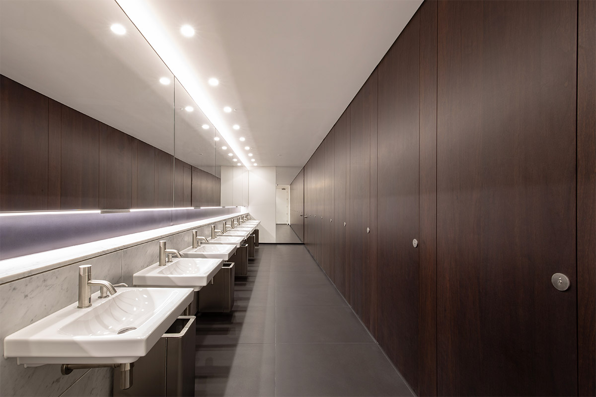 Shadbolt manufactured and supplied American Black Walnut veneered cubicles with a stain finish to 52 Lime Street, The Scalpel building.