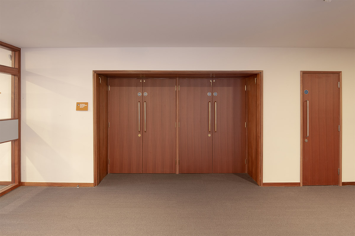 Shadbolt_Fairfield_Halls_Double_Sapele_veneered_fire_doors